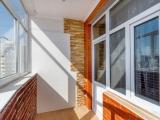 Остекление красивого балкона