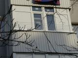 Простой балкончик с «заглушками»