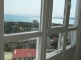 Вид из окна на город Геленджик